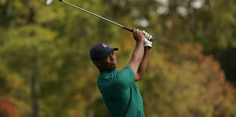 Masters early starters keep anxious eye on weather - Golf365