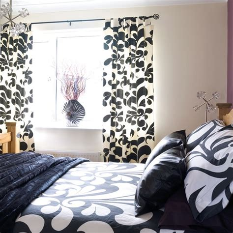Black Bedroom Curtains by Black And White Bedroom Curtains Decor Ideasdecor Ideas