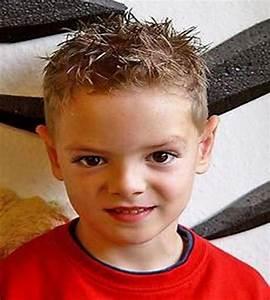 Coupe Enfant Garçon : coiffure pour garcon ~ Melissatoandfro.com Idées de Décoration