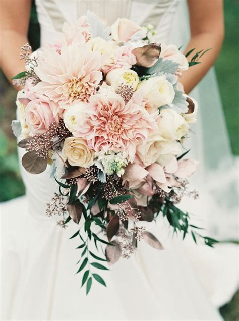Wedding Flowers by Wedding Ideas How To Create Airy Wedding Bouquets