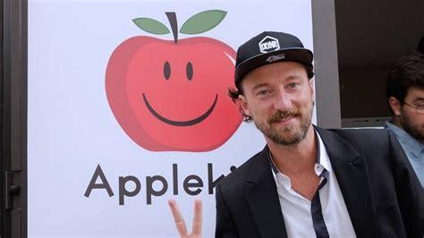 apple si e social francesco facchinetti e il nuovo social applekiss