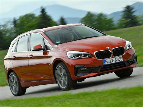Bmw 2series Active Tourer (2019)  Picture 15 Of 40