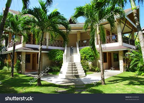 Big Bungalow In The Tropical Resort Stock Photo 25299025