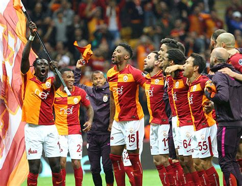 Galatasaray spor kulübü is a turkish professional football club based on the european side of the city of istanbul in turkey. Galatasaray scent glory as Turkish league goes to wire ...