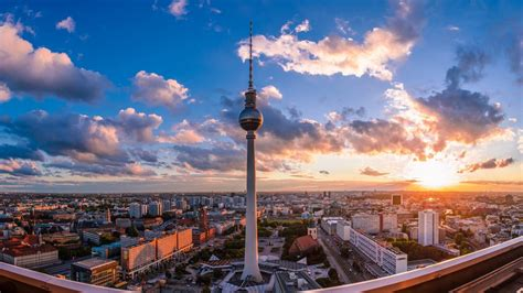tv tower  berlin hd wallpaper wallpaper studio