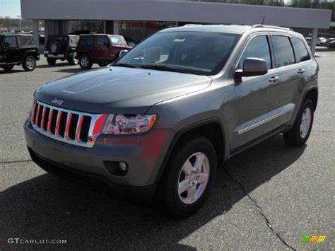 jeep grand cherokee gray 2011 mineral gray metallic jeep grand cherokee laredo