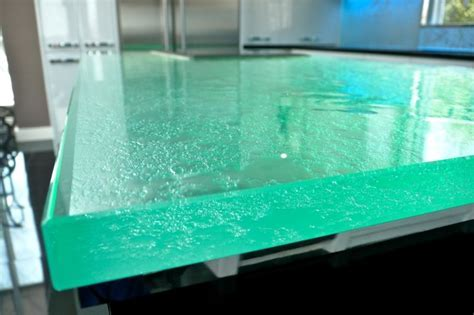Thermoformed Glass Countertop 1.5 inch by ThinkGlass