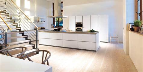 parquet flottant dans une cuisine parquet cuisine ouverte salon cuisine parquet am nagement petit espace l