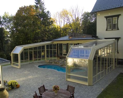 Retractable Sunroom by 25 Best Ideas About Pool Enclosures On