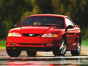 1996 Ford Mustang Overview