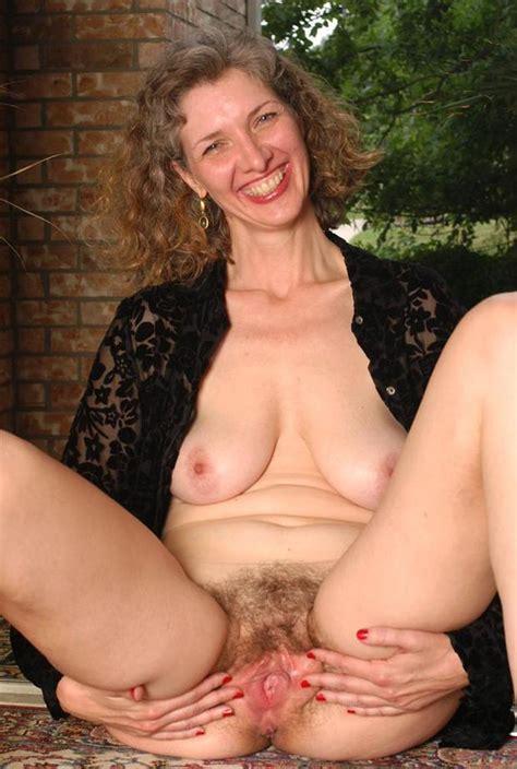 Older Hairy Moms Xxgasm
