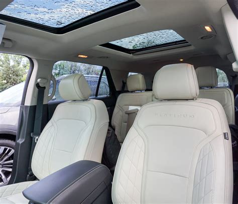 2016 Ford Explorer With Captain Seats by 2016 Ford Explorer Platinum The Awesomer