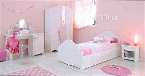 deco chambre fille pas cher decoration chambre bebe fille pas cher maison design