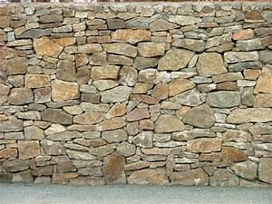 Alte Wände Verputzen : bruchsteinmauer bruchsteinmauer natursteinmauer ~ Orissabook.com Haus und Dekorationen