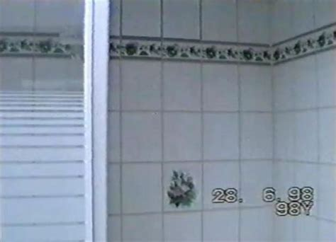 dalles pvc adhesives pour salle de bain dalle pvc murale salle de bain maison design bahbe
