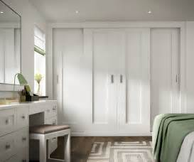 Shaker Style Closet Doors by Shaker Sliding Wardrobe Doors Search Apartment