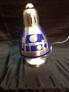 Lampe Star Wars : la lampe de bureau r2d2 ~ Orissabook.com Haus und Dekorationen