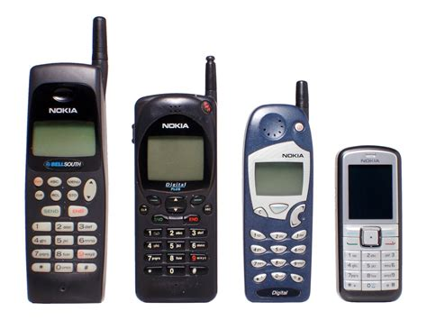microsoft mobile phone models microsoft leaves feature phones as nokia back in