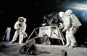 Apollo 11 Conspiracy Theories: Did America Actually Land ...