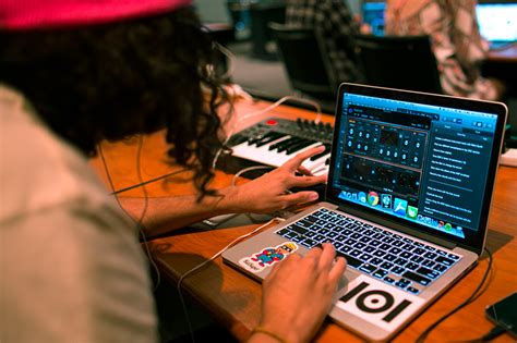 Don't just use music technology—create it. Online Music Production School | The Los Angeles Film School