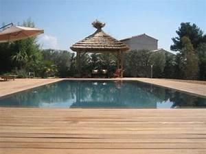 Piscine Avec Terrasse Bois : reportage photos piscines de luxe et d 39 exception piscine miroir avec terrasse en bois photo 4 ~ Nature-et-papiers.com Idées de Décoration