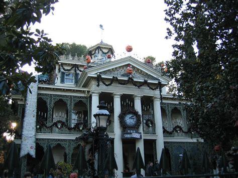 haunted mansion holiday disney wiki