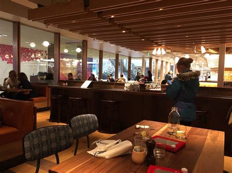 Galleria Barnes And Noble by Barnes And Noble Kitchen 38 Photos 23 Reviews