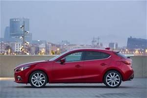Mazda3 Dynamique : fiche technique mazda mazda 3 iii 2 2 skyactiv d 150ch dynamique 2014 ~ Gottalentnigeria.com Avis de Voitures