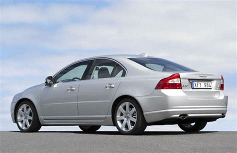 2009 Volvo S80 Review by Volvo S80 Sedan 2009 2011 Reviews Technical Data Prices