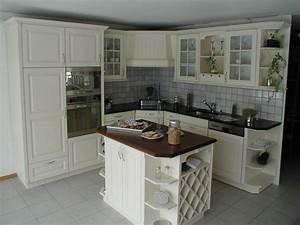 Cuisine Repeinte En Blanc : repeindre une cuisine en bois ~ Melissatoandfro.com Idées de Décoration