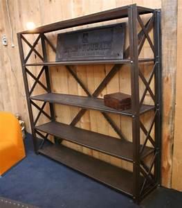 Etagere Style Industrielle : etag re industrielle croisillon style eiffel meuble industriel ~ Teatrodelosmanantiales.com Idées de Décoration