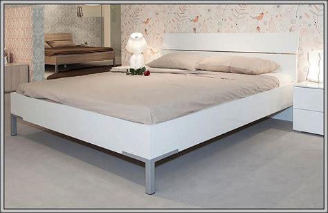Bett Schwarz 140x200 Holz Download Page  Beste Wohnideen