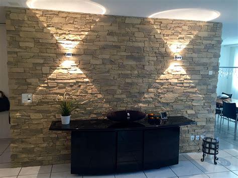 steinoptik wohnzimmer combinacion en verde steinwand
