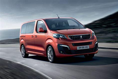 Prova Peugeot Traveller Red Live
