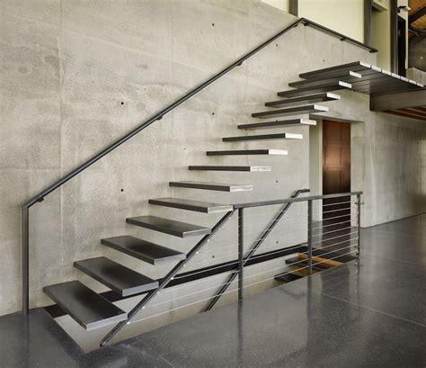 escalier métallique extérieur escalier m 233 tallique int 233 rieur id 233 es de design droit