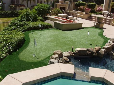 Backyard Artificial Putting Green - easyturf unveils ultimate permeable artificial grass