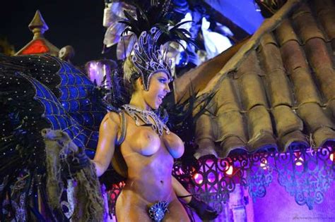 Sexy, Naked Women: 10 boobs and booty photos from Rio Carnival 2015 - Hot! Pulse - Pulse.ng