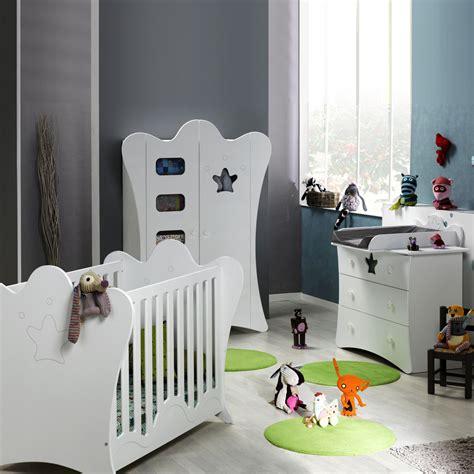 commode blanche chambre chambre bébé trio king blanche lit commode armoire de