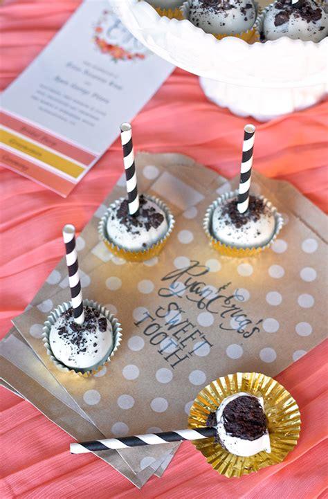 ericas sweet tooth oreo cake pops