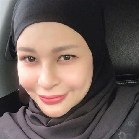 Zila Bakarin Menceritakan Pengalaman Untuk Berhijab