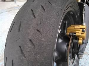 Changer Pneu Pas Cher : pneu moto quand changer votre site sp cialis dans les accessoires automobiles ~ Medecine-chirurgie-esthetiques.com Avis de Voitures