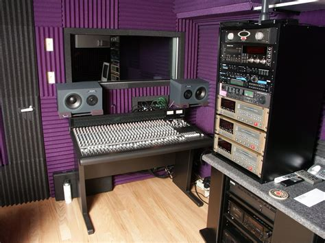 Home Recording Studio Courses by How To Set Up A Simple Recording Studio At Home