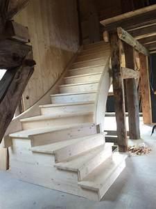 escalier rustique good fascinant jardin en escalier lie With escalier de maison exterieur 12 beau chalet de ski au montana au design rustique et