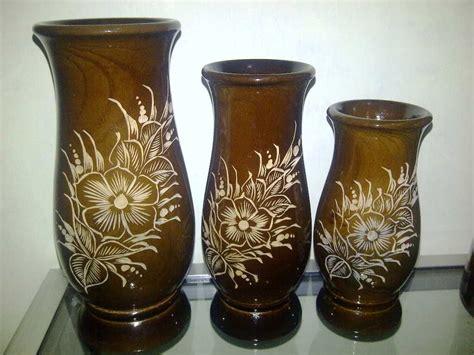 model vas bunga minimalis unik  kaca keramik