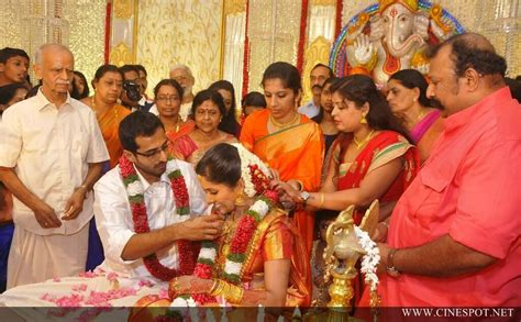 actress karthika murali photos murali daughter karthika wedding photos 5