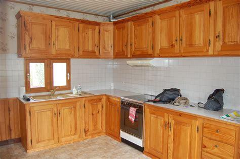 r駭 des meubles de cuisine cuisine agr 233 able placard cuisine bois massif meuble