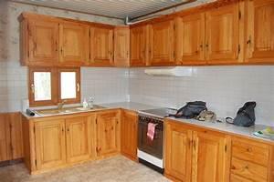cuisine agreable placard cuisine bois massif meuble With deco cuisine pour meuble pin