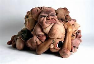 emaranhado de rostos no corpo de artistas despertam