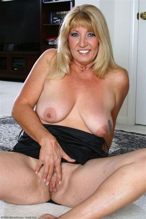 Naked Classy Mature Women