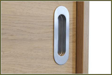 3 panel sliding door closet home design ideas